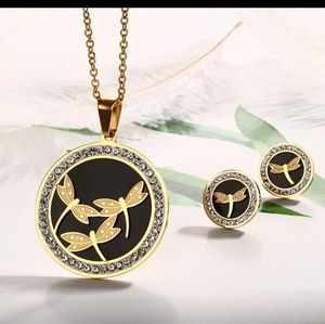 Drogon fly Pendant and Earring Set Stainless